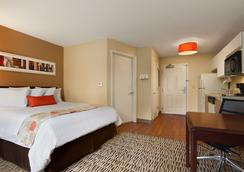 Hawthorn Suites by Wyndham Chicago Schaumburg - Schaumburg - Phòng ngủ