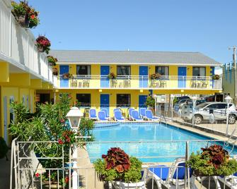 Nantucket Inn & Suites - Wildwood - Building