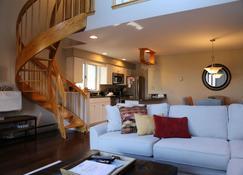 نورديك فيلدج ريزورت - جاكسون (نيو هامبشير) - غرفة معيشة