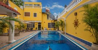 Mayan Sun Bed And Breakfast - Mérida - Pool