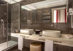 Gioberti Art Hotel - Rome - Bathroom