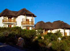 Whalesong Hotel and Spa - Plettenberg Bay - Building