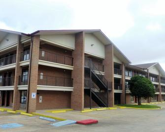 Red Roof Inn & Suites Bossier City - Bossier City - Building