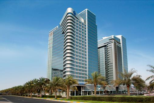 Pearl Rotana Capital Centre - Abu Dhabi - Building