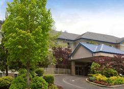 Fairfield by Marriott Inn & Suites Portland West/Beaverton - Beaverton - Building