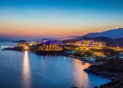 Aria Claros Beach Resort Spa - Ozdere - Außenansicht