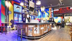 Hans Brinker Hostel Amsterdam - Amsterdam - Bar