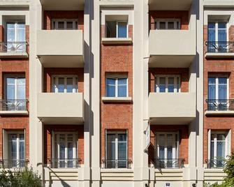 Aparthotel Residences Paris Asnieres - Аньєр-сюр-Сен - Building