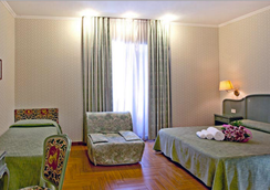 Hotel Augustea - Рим - Спальня