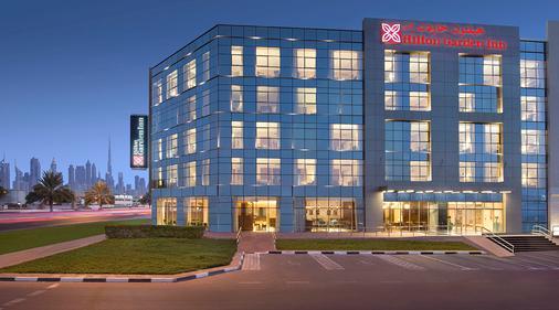 Hilton Garden Inn Dubai Al Mina - Dubai - Rakennus