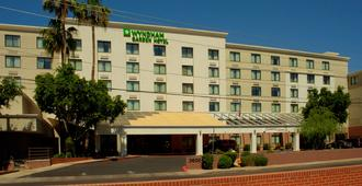 Wyndham Garden Phoenix Midtown - Phoenix - Edifício