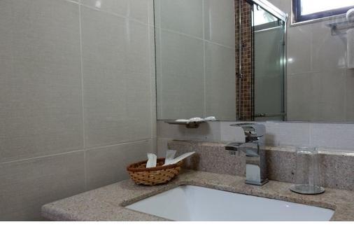Edna Addis Hotel - Addis Ababa - Bathroom
