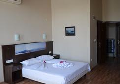 Eden Selene Otel - Ayvalık - Phòng ngủ