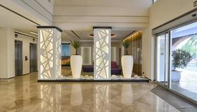 Hotel Vértice Sevilla - Sevilla - Recepción