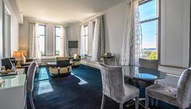 Congress Plaza Hotel - Chicago - Dining room