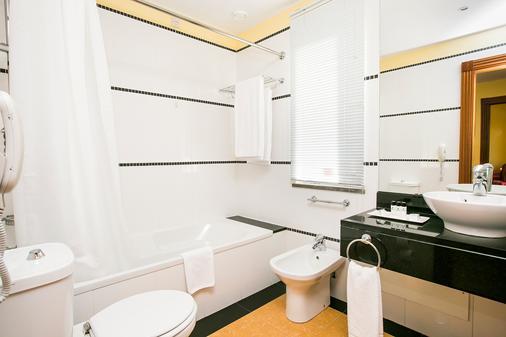 Pestana Sintra Golf - Sintra - Bathroom