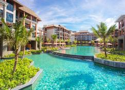 Mai Khao Lak Beach Resort & Spa - Khao Lak - Building