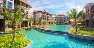 Mai Khao Lak Beach Resort & Spa - Khao Lak - Building