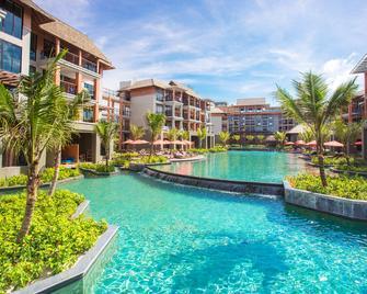 Mai Khao Lak Beach Resort & Spa - Khao Lak - Rakennus