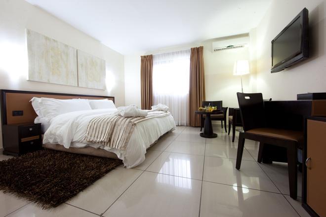 Oak Plaza Hotel, East Airport - Accra - Makuuhuone