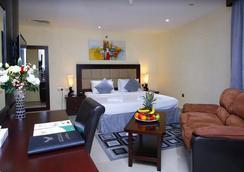 Royal Falcon Hotel - Dubai - Phòng ngủ