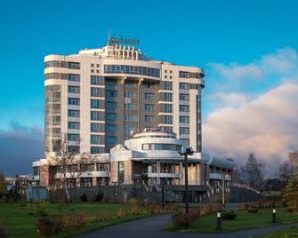 Cosmos Petrozavodsk Hotel - Petrozavodsk - Gebouw