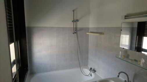 Hotel du Languedoc - Langogne - Bathroom