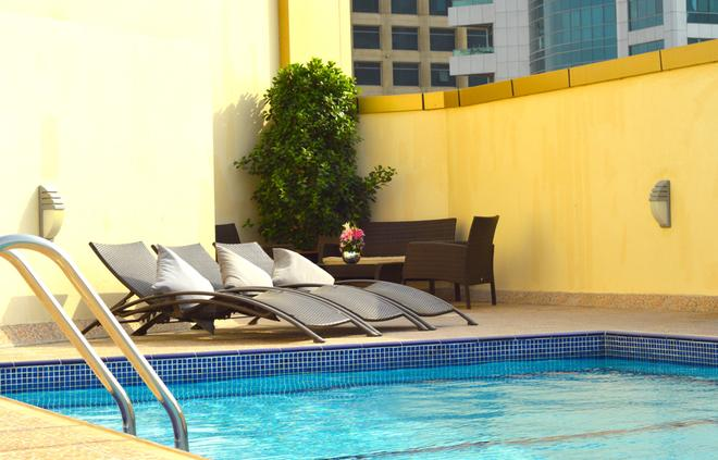 Home to Home Hotel Apartments - Deluxe - Dubai - Pool