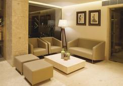 Urvashi Residency - Chennai - Hành lang