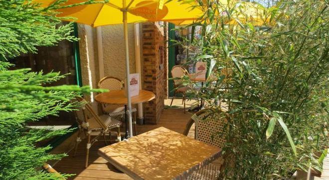 卡昂番紅花紀念酒店 - 康城 - 康市 - 餐廳
