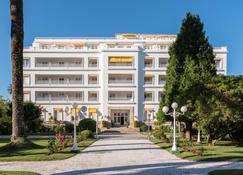 歐洲之星托哈大酒店 - 奧格羅韋 - 奧格羅夫 - 建築