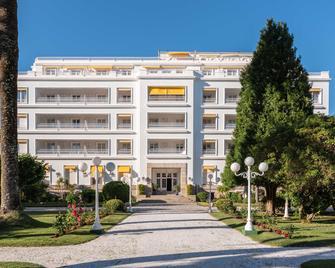 Eurostars Gran Hotel La Toja - O Grove - Building