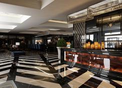DoubleTree by Hilton Izmir Airport - Izmir - Lobby