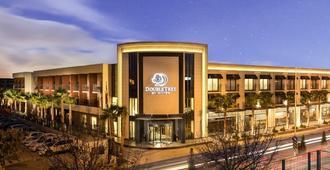 DoubleTree by Hilton Izmir Airport - Esmirna - Edificio