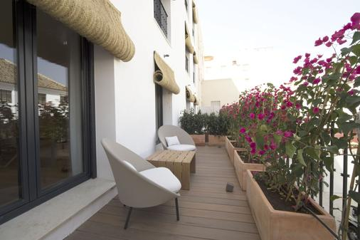 Hotel Zenit Sevilla - Sevilla - Balcony