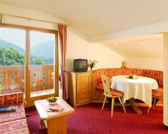 Michael am Waal Apartments - Schenna - Wohnzimmer