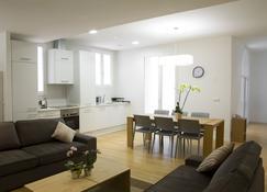 Pamplona Apartments Mercaderes - Pamplona - Wohnzimmer
