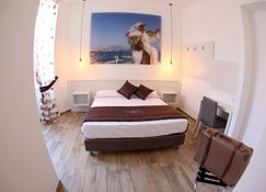 Dimora Diamante - Naples - Bedroom
