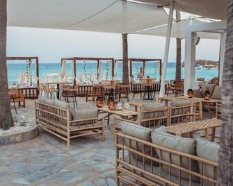 Nissi Beach Resort - Айя-Напа - Ресторан