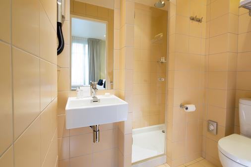 Hôtel Palais De Chaillot - Paris - Bathroom