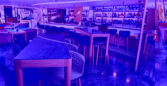 Melia Barcelona Sarrià - Barcelona - Bar