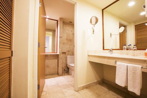 Krystal Vallarta - Puerto Vallarta - Bathroom