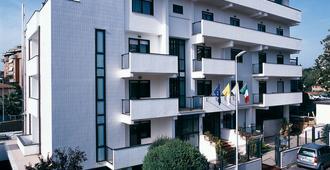 Hotel Sisto V - Rom - Gebäude