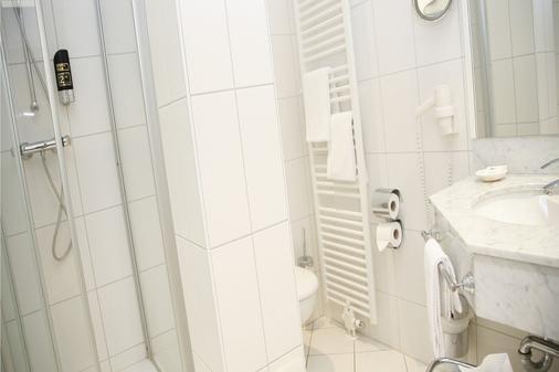 Hotelpark Stadtbrauerei Arnstadt - Arnstadt - Bathroom