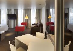 Hôtel Le Pavillon 7 Obernai - Obernai - Chambre