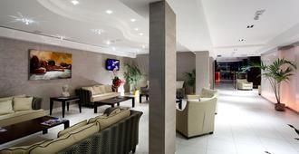 特米那爾溫泉皇宮酒店 - 里米尼 - 里米尼 - 大廳