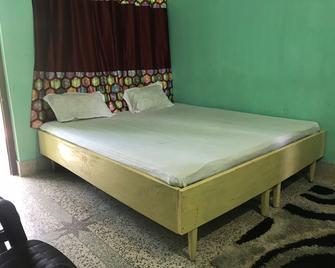 Goroomgo Tapati Villa Puri - Puri - Bedroom