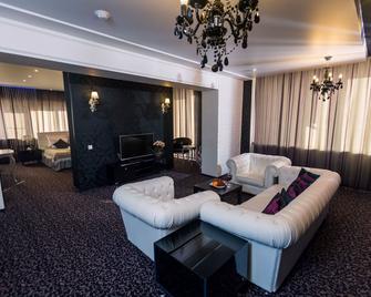 History Hotel - Wologda - Wohnzimmer