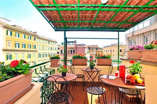 Colors Hotel - Rome - Balcony