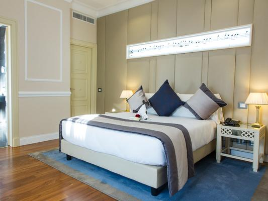 Radisson Blu Ghr Hotel - Рим - Спальня